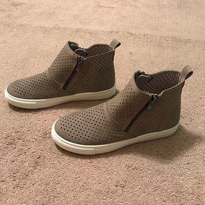 Pierre Dumas Sneakers
